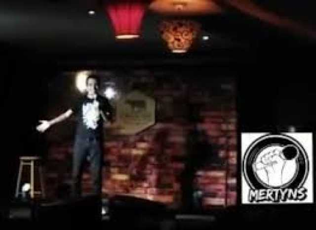 ✔️ Mertyns: Stand Up Comedy, Guadalajara