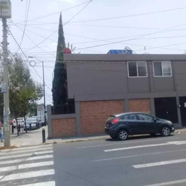 Casa super ubicación Félix Ireta.. Muy céntrica