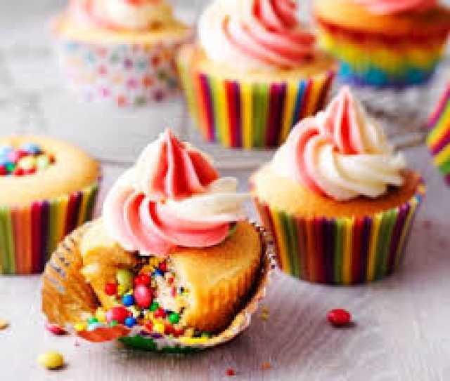 cupcakes pop cakes