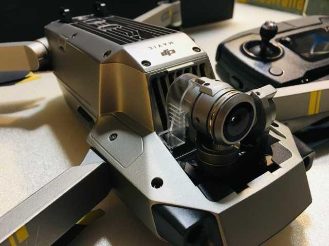 DJI Mavic Pro PLATINUM Fly More COMBO Drone 4K Stabilized-Camera ActiveTrack