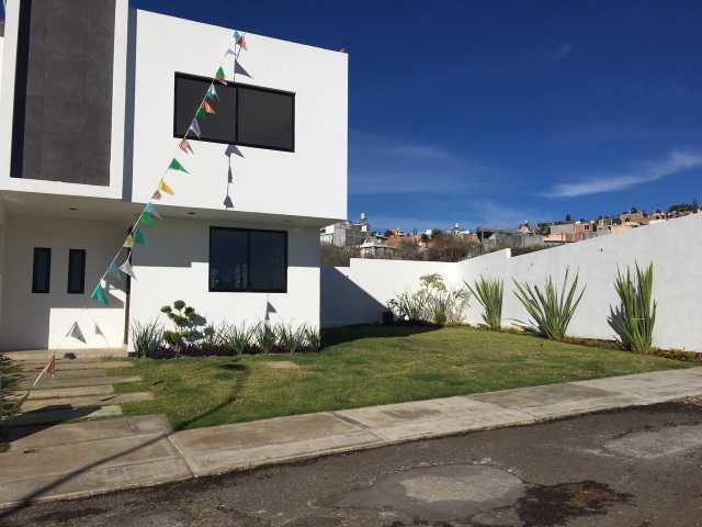 ESTRENA CASA en Fracc. Monte Blanco