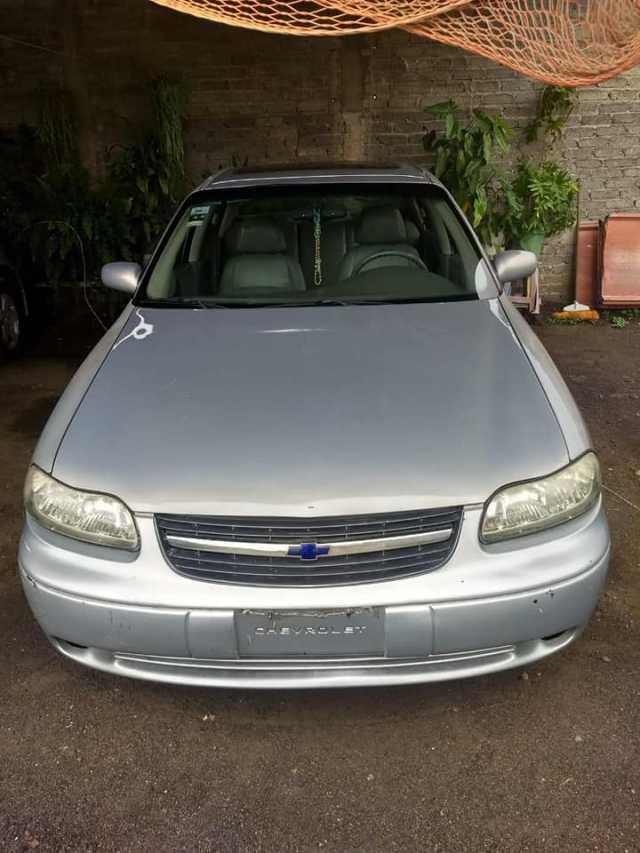 Malibú mod 2000