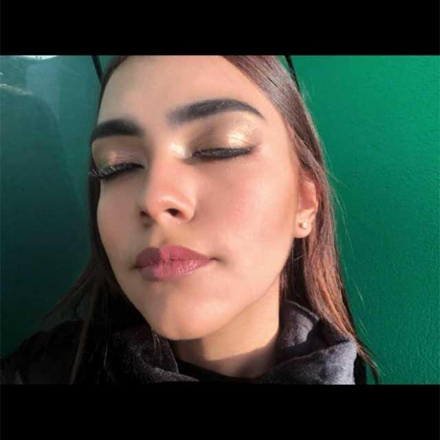 Maquillaje social * XV años * Novias * Graduaciones, etc.