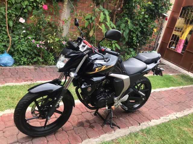 Motocicleta yamaha Fz 2.0 full inyeccion 2017