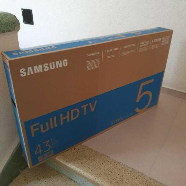 "PANTALLA SAMSUNG DE 43"" SMART TV"