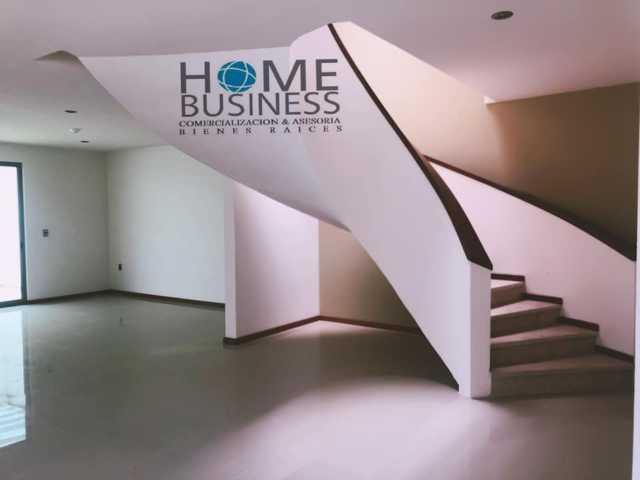 Preciosa casa nueva en venta acabados finos equipada excelente ubicacion inmejorable en Altozano