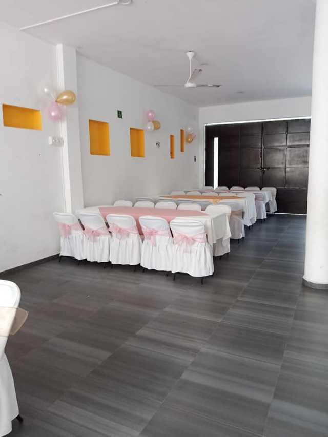 Salón, taquiza, decoración y meseros