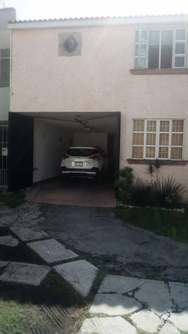 Se vende casa en fraccionamiento morelia 450 casi frente a costco