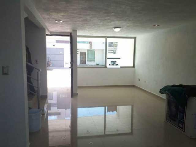 Se vende casa en real universidad Morelia