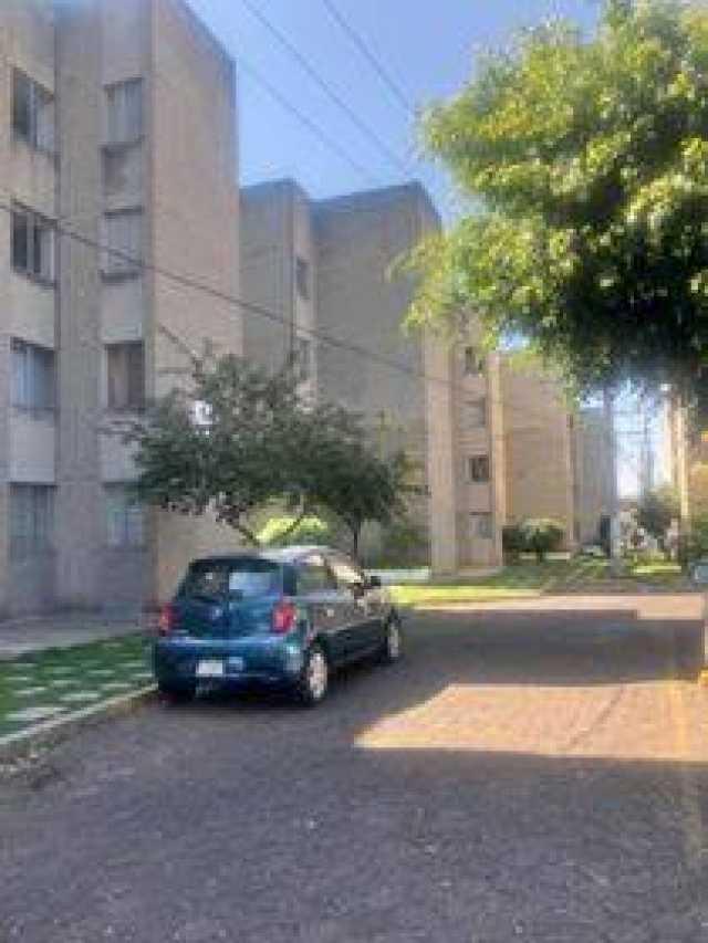 VENDO departamento colonia ventura puente atras de trico , segundo nivel con cajón de estacionamiento